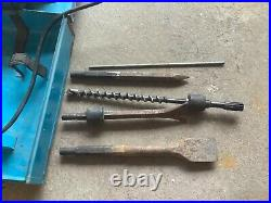 Bosch 11202 Rotary Hammer Drill 5 bits used works fine with case