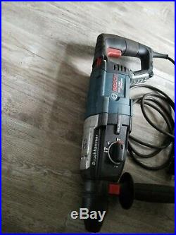 Bosch 8 Amp Corded 1-1/8 In. Sds-plus Variable Speed Rotary Hammer Drill