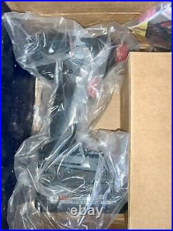Bosch GXL18V-251B25 18V Hammerdrill and Impact 2-Tool Combo Kit MINT NEW CORE