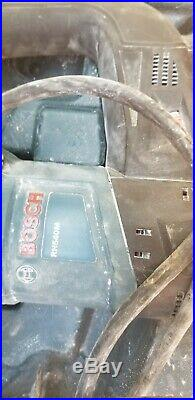 Bosch RH540M 1-9/16 SDS MAX Rotary Hammer Drill WithCase with 4 bits