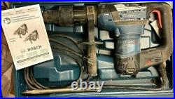 Bosch RH540M 1-9/16 SDS MAX Rotary Hammer Drill With Case Used
