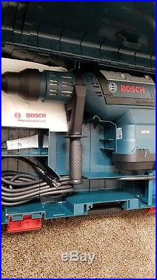 Bosch RH745 1-3/4 Chuck, SDS-MAX Corded Rotary Hammer Drill 9/B16411A Dual